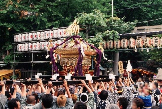 小野 照 崎 神社
